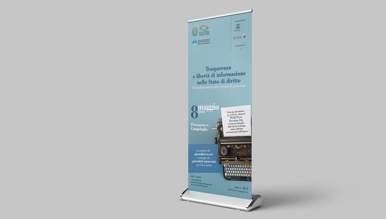 Manifesti e rollup Giornata Mondiale della Libertà di Stampa ONU